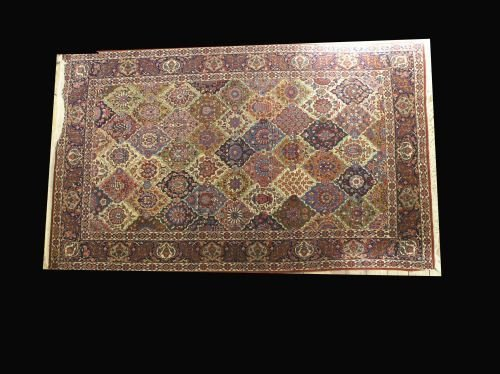 861: A Shiraz design, Persian rug, 7ft 2ins x 4ft 4ins