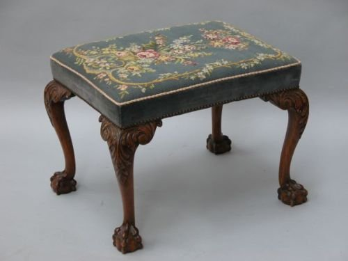 633E: A Georgian style mahogany stool