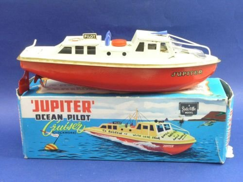 22: A Sutcliffe tinplate Ocean Pilot, 'Cruiser',