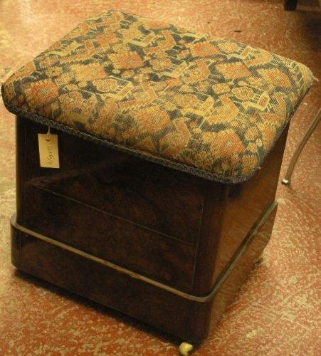 890: A 19th century mahogany commode/stool, 1ft 7ins