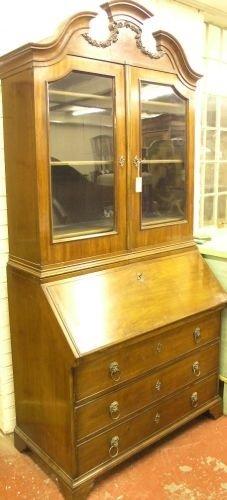 892: An early 19th century mahogany bureau bookcase, 3f