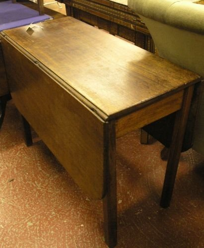 898: A George III drop flap dining table, 3ft