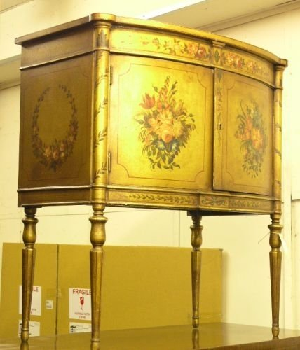 902: An early 20th century Louis XVI design painted and