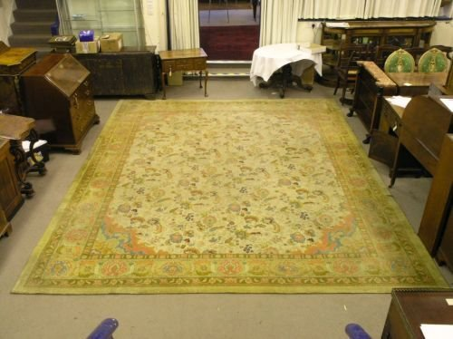 1075: An unusual early 20th century Indian carpet, 14ft