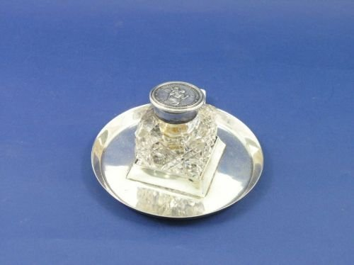 1301: An Edwardian silver and cut glass inkwell, 5ins