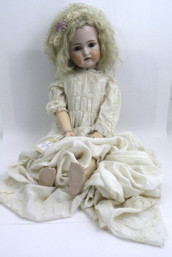 5: A Simon & Halbig / Kammer & Reinhardt bisque doll, 2