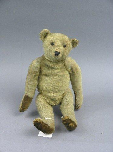 16: A German Teddy bear, possibly Bing, 12.5in. - pads