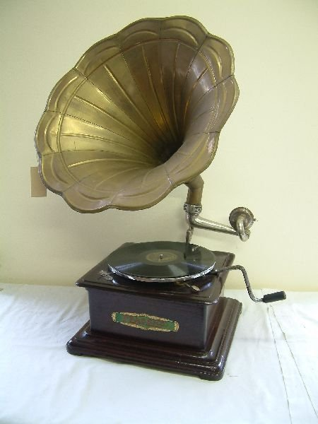 215F: A Fraser's of Sheffield portable gramophone,
