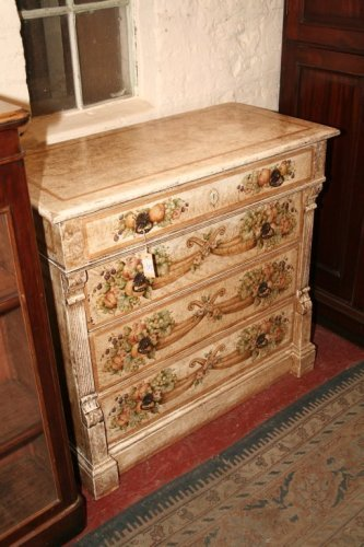 943: A German painted chest, 3ft 3.5ins
