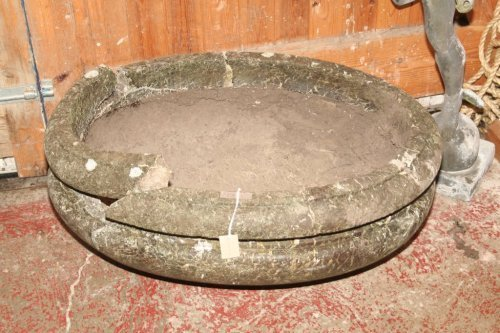 989: A 19th century oval marble garden tub, 2ft 10ins