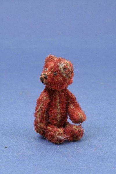 8: A Schuco 'Piccolo' series Teddy bear scent bottle