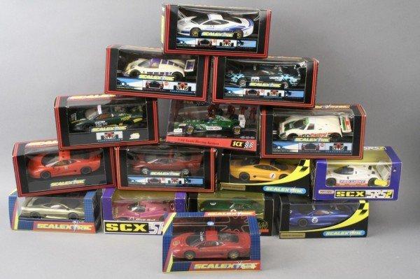 16: Scalextric, fifteen vehicles