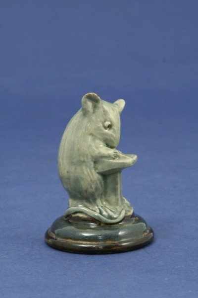 971: A comical stoneware model of a mouse, 2.5in.