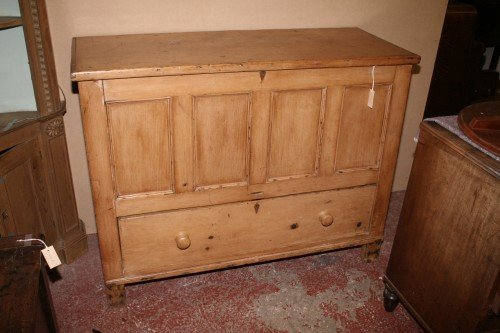 1030: A 19th century pine mule chest, 4ft 3ins