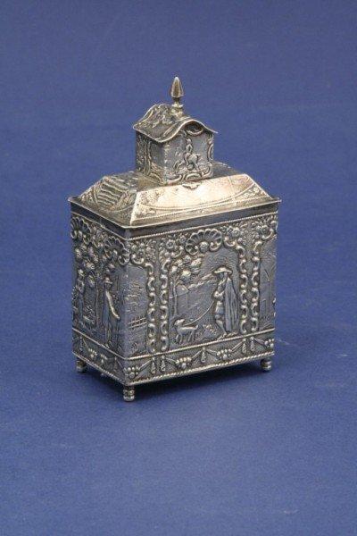 1616: A 19th century Dutch silver tea caddy and cover