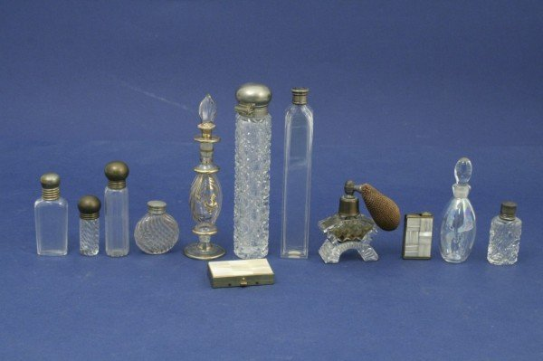 1630: A collection of twelve scent bottles, largest 6.2