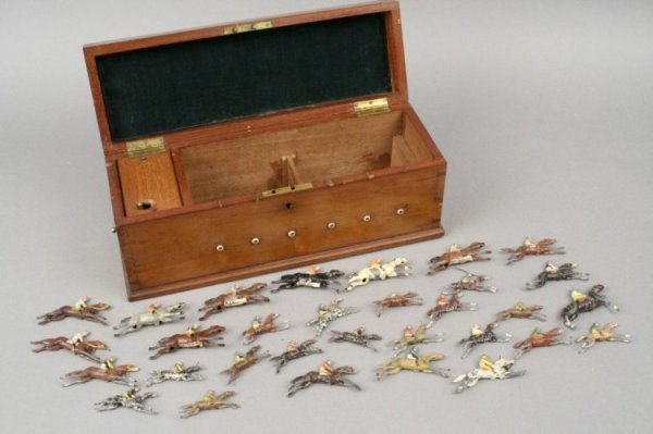 14: J. Jaques & Son 'Ascot' racing game, case 13in.