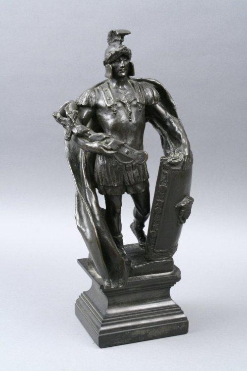 261: A late 19th century bronze figure of a Roman centu