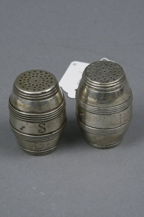 1597: A pair of silver barrel shaped pepperettes, 2.5in