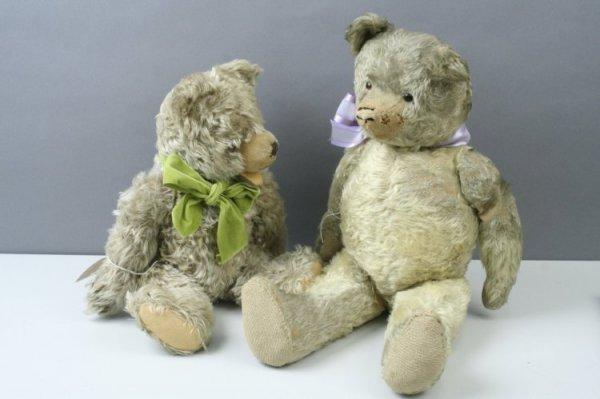 16: A Hermann Teddy bear and an English pre-war Teddy b