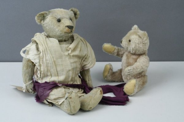 18: A Steiff Teddy bear and another German Teddy bear