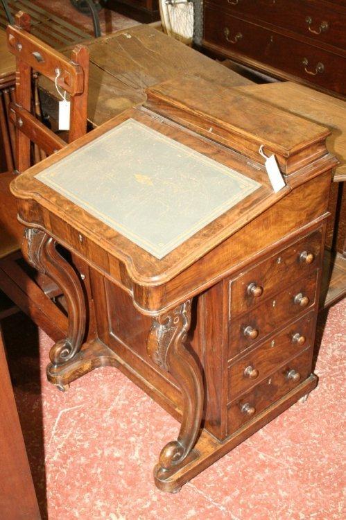 948: A Victorian walnut davenport 1ft 9ins