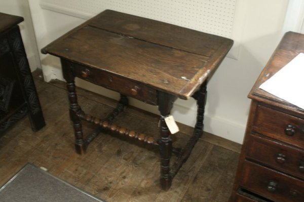 963: A late 17th century oak side table, 1ft 11ins