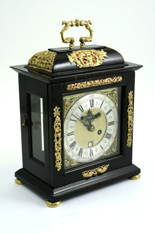 1171: An ebonised bracket clock with repeat by Daniel Q