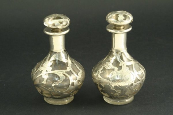 1540: Pair American foliate silver overlaid glass scent