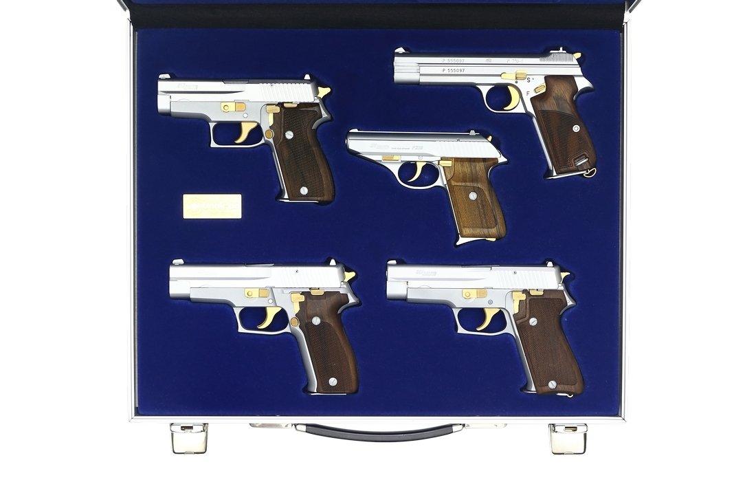 "Deluxe Pistol Set  ""Von Bank"""