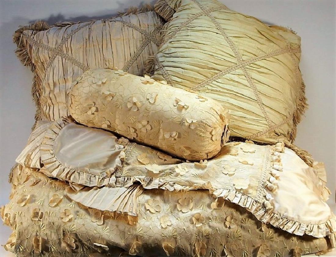 Horchow Dian Austin King Duvet Bed Set