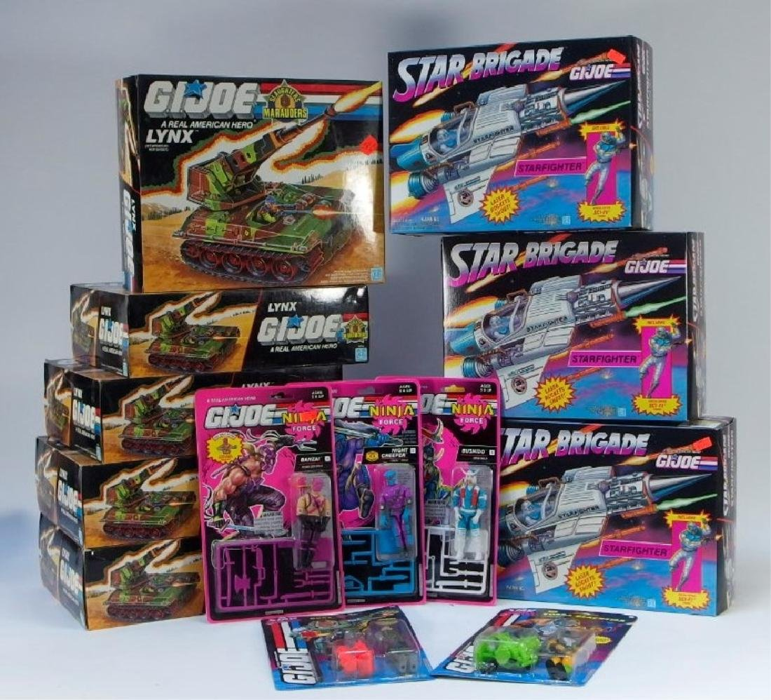 13 Hasbro ARAH G.I Joe Figures & Vehicles