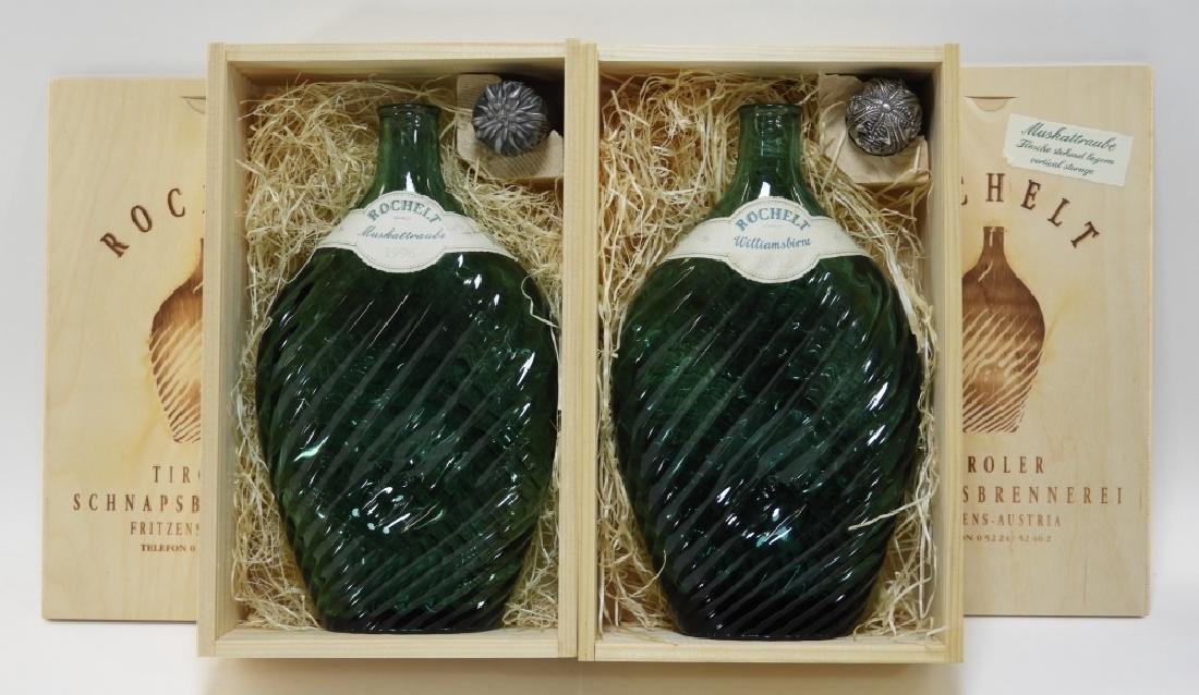 Rochelt Williamsbirne Muskattraube Liquor Bottles