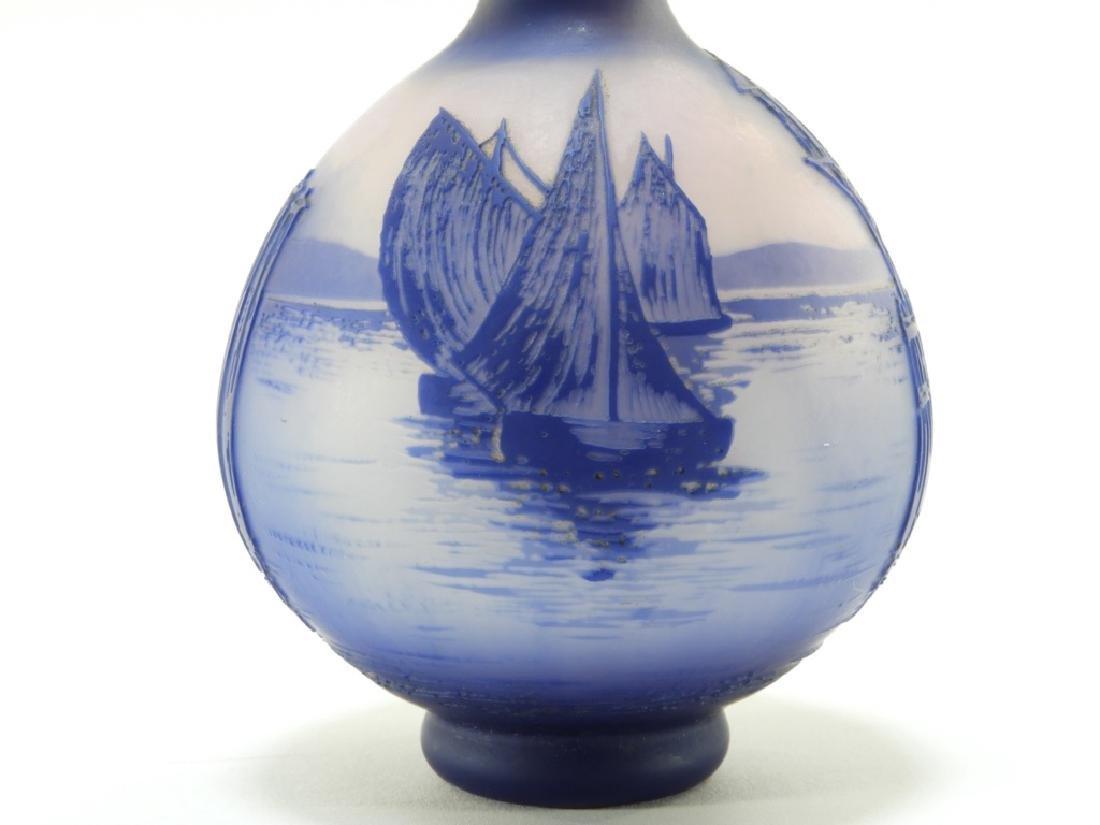 Cristallerie de Pantin DeVez Cameo Glass Vase - 5