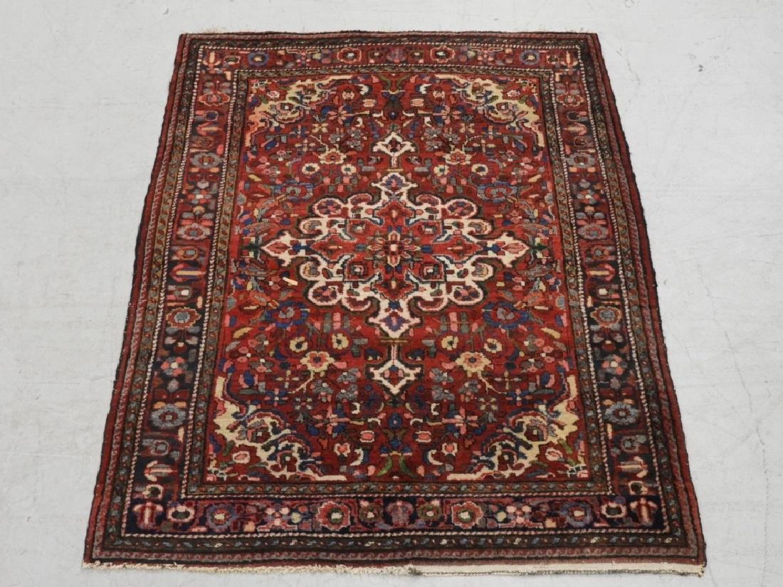 Persian Oriental Sarouk Wool Carpet Rug