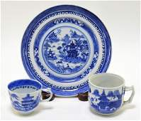 3 Chinese Export Blue & White Porcelain Articles