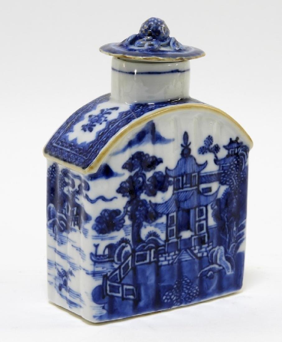 Chinese Export Porcelain Blue & White Tea Caddy