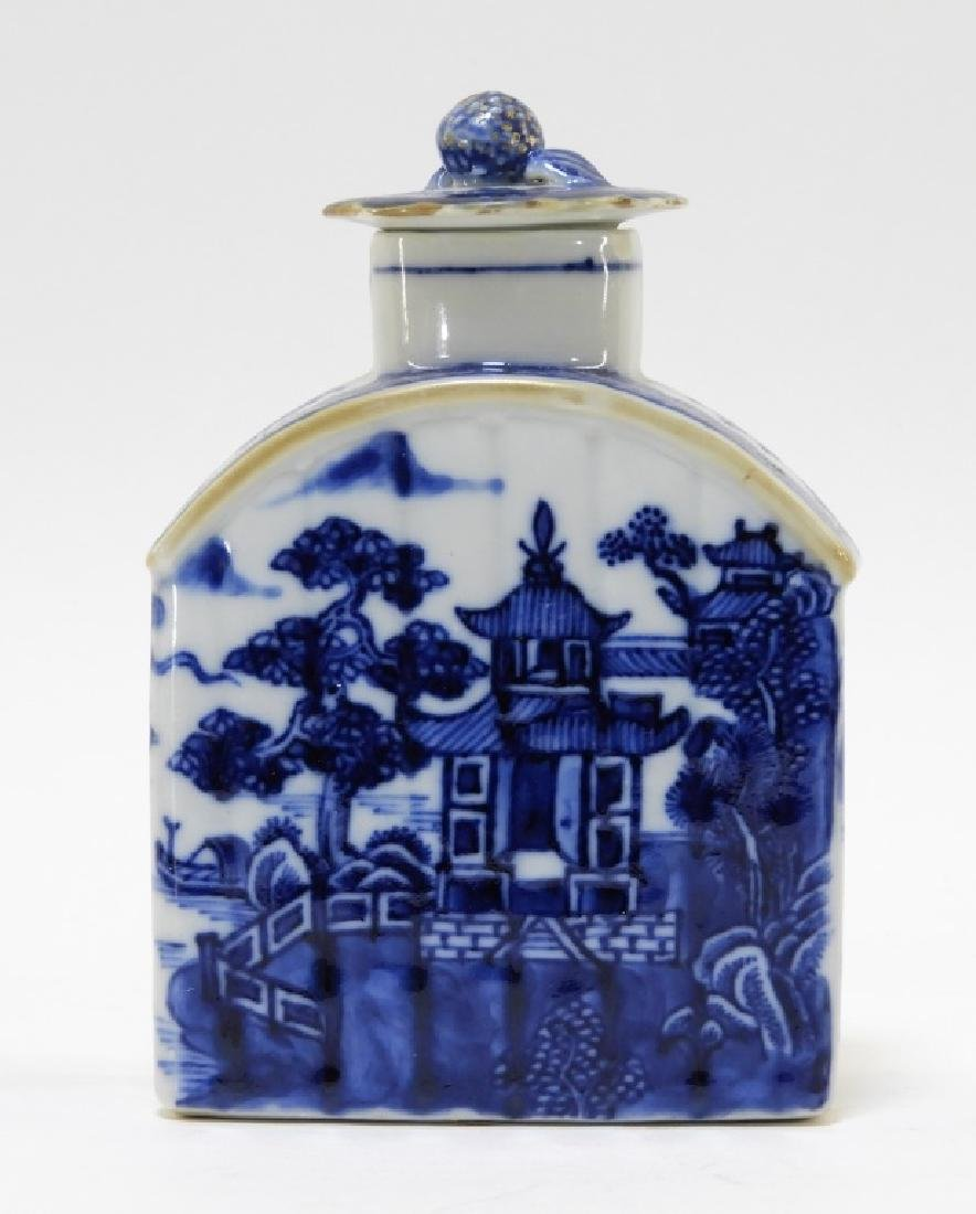 Chinese Export Porcelain Blue & White Tea Caddy - 5