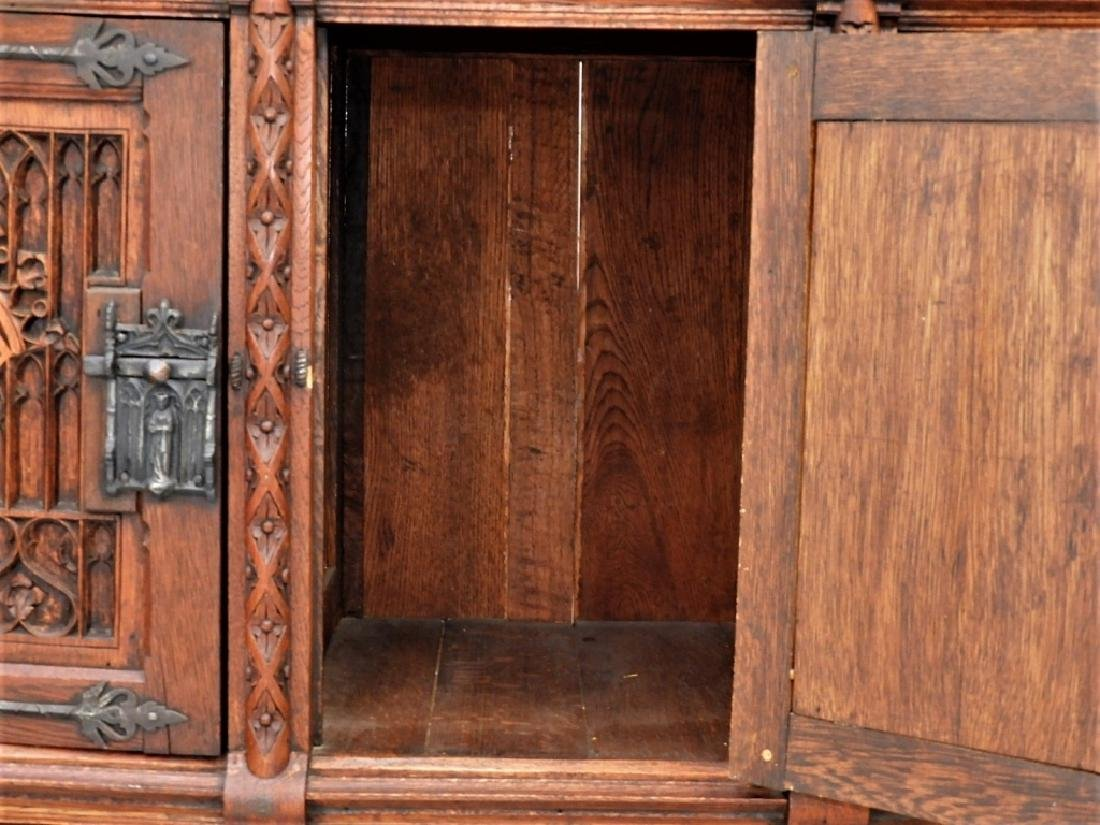 Continental Oak Renaissance Revival Court Cupboard - 8