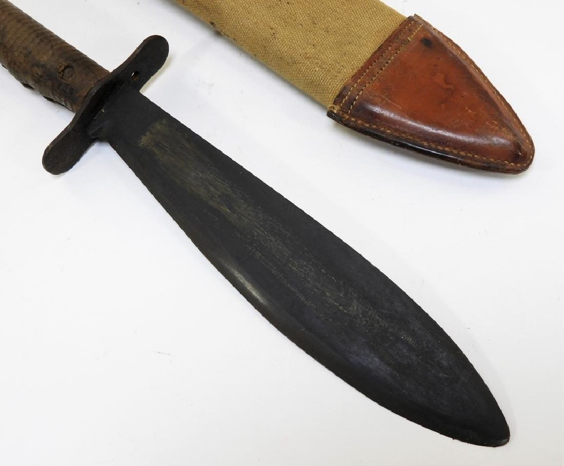 2 WWI Model 1917 C.T. Bolo Trench Knives by Plumb - 3