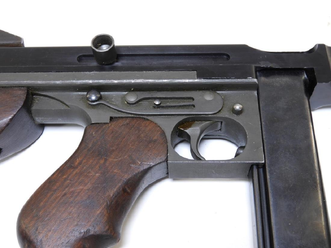 Thompson Submachine Gun Model M1A1 Display SMG - 7
