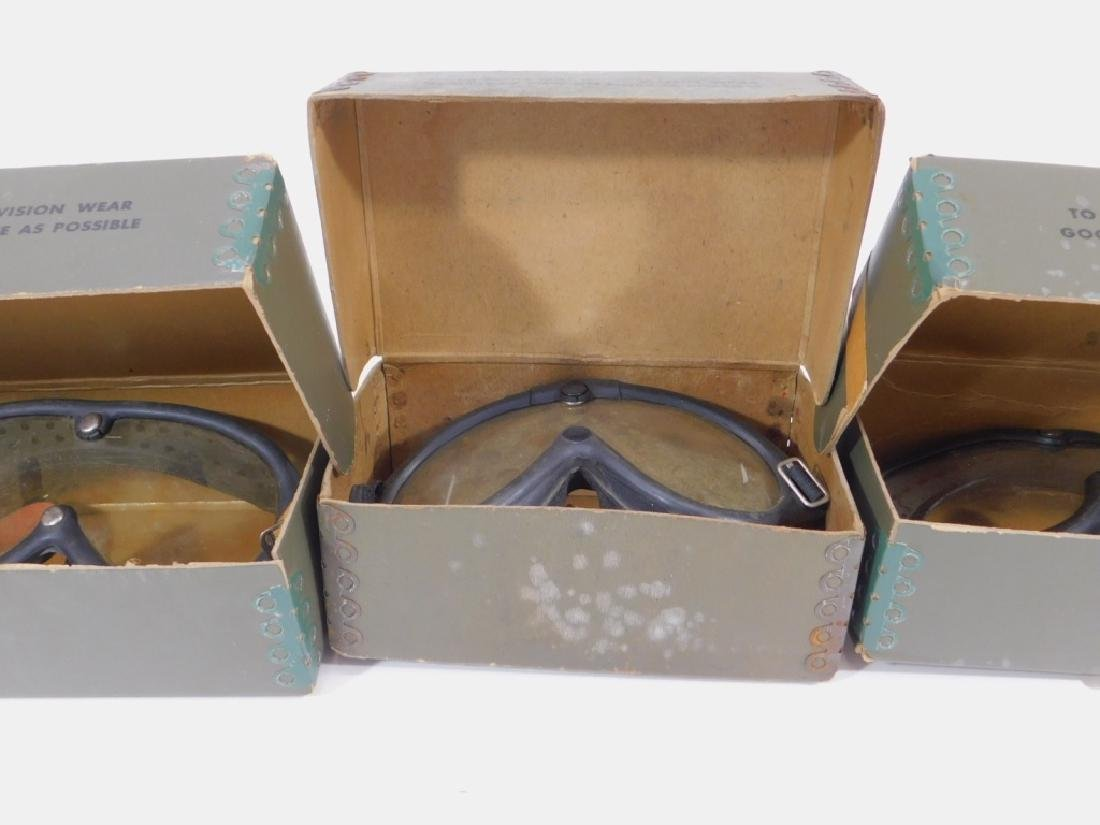 WWII US Army M1944 Goggles (4) Pair - 8