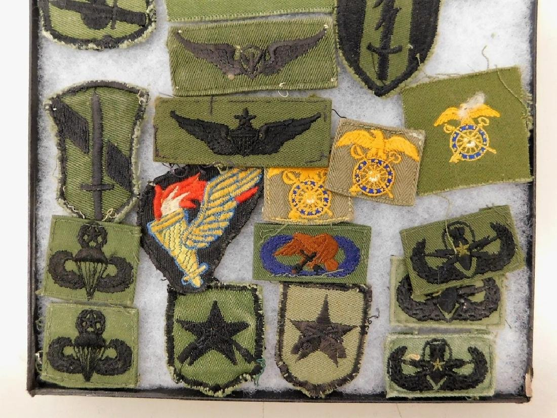 Vietnam War Era American Uniform Insignia - 3