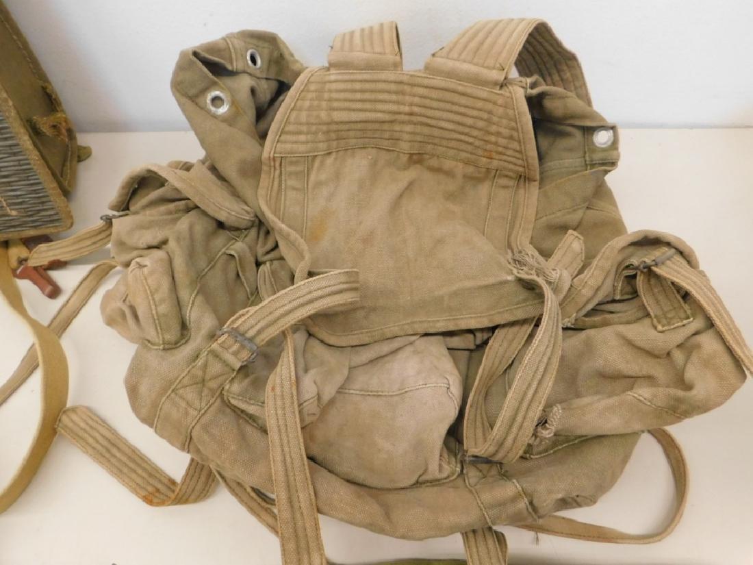 Vietnam War North Vietnamese Uniform & Equipment - 10