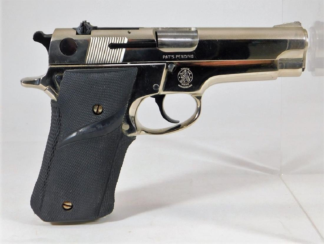 Smith & Wesson Mod. 59 Double Action Pistol