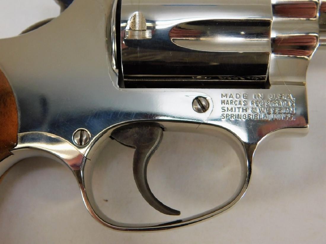 Smith & Wesson Model 36 38 Special Revolver - 3