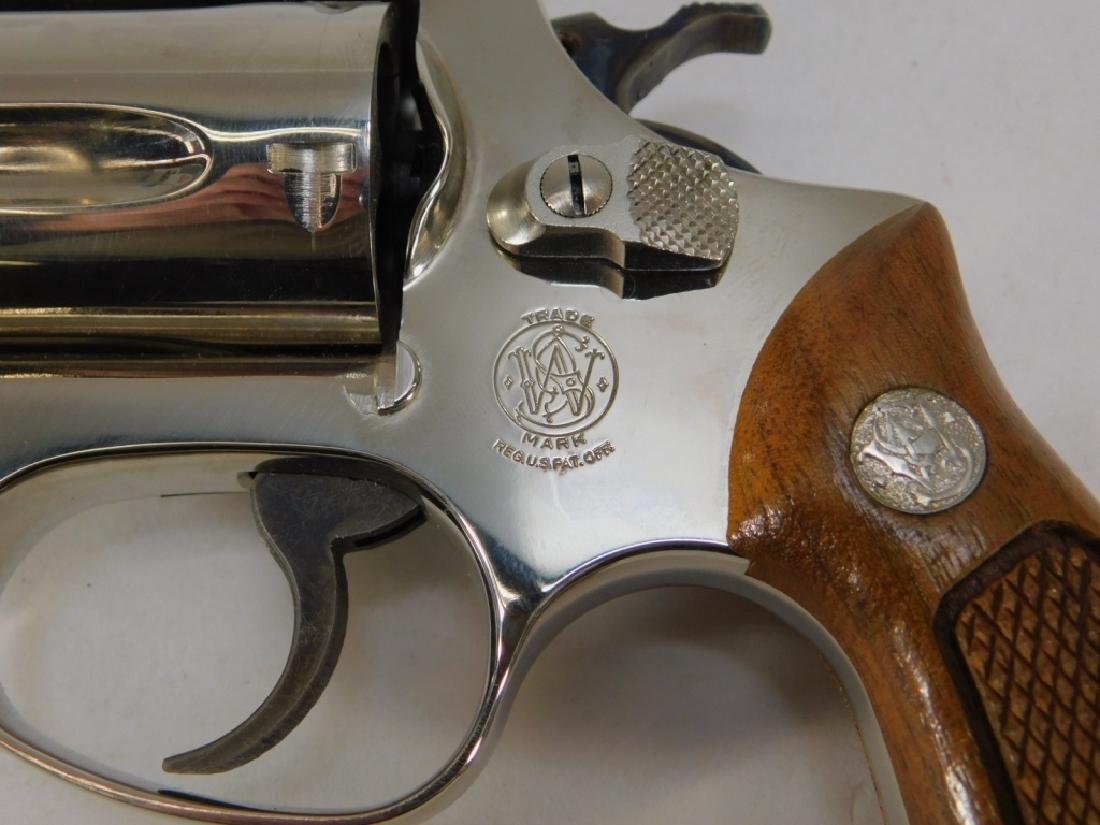 Smith & Wesson Model 36 38 Special Revolver - 5