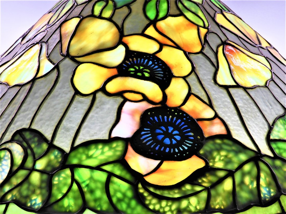 Tiffany Studios Poppy Twisted Vine Table Lamp - 3