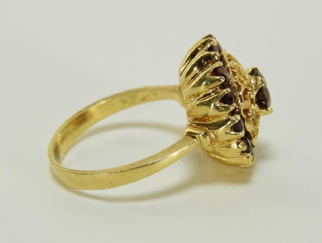 Victorian 18K Yellow Gold Garnet Lady's Ring - 3