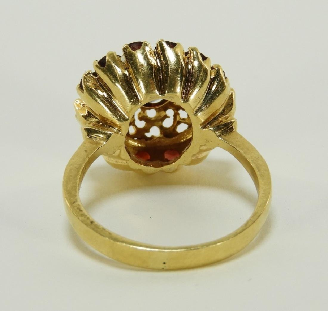 Victorian 18K Yellow Gold Garnet Lady's Ring - 4